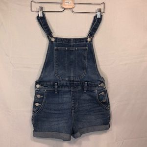 Old navy denim bib overall shorts size XS